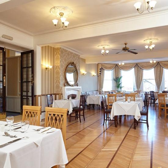 Royal Esp Dining Room